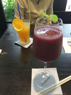 尾道 「茶房こもん」のピオーネジュースとサンセットドリンク 美味!