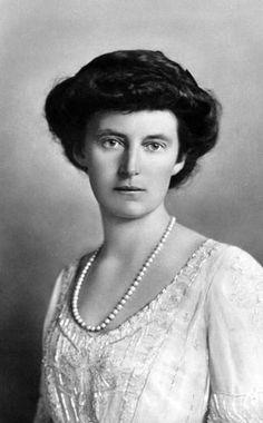 HM Queen Alexandrine of Denmark and Iceland (1879-1952) née Her Highness Duchess Alexandrine of Mecklenburg-Schwerin