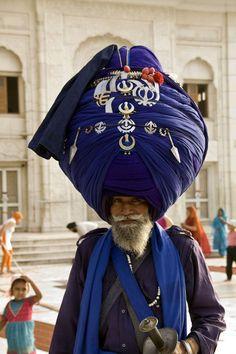 Guru der Sikhs by Gisela Aul
