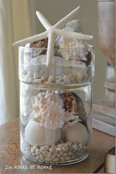 From Lovers with Love - Check These Cool DIY Tropical Decorations as Your Last Summertime Sadness-Shells in a Jar DIY Tropical Bedrooms, Tropical Home Decor, Tropical Houses, Coastal Decor, Tropical Interior, Beach Crafts, Summer Crafts, Seashell Crafts, Beach House Decor