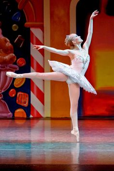 The Nutcracker Ballet, the Sugar Plum Fairy. She was like my childhood idol Adult Ballet Class, Outside Activities, Sugar Plum Fairy, Dance Pictures, Ballerinas, My Childhood, Dancers, Homeschool, Idol