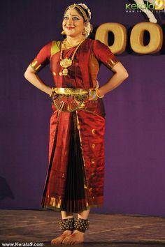 lakshmi gopalaswamy -bhratnatyam