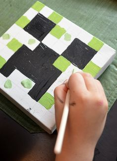Got a Minecraft fan in your life? Create these fun and simple Minecraft Canvas Paintings in no time with just a few supplies!