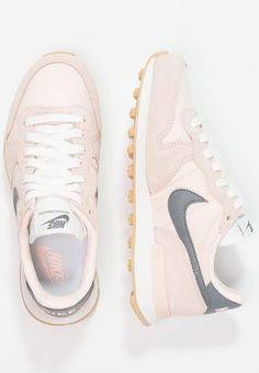 Nike Sportswear INTERNATIONALIST - Sneaker low - sunset tint cool  grey summit white für 8d7a810a04