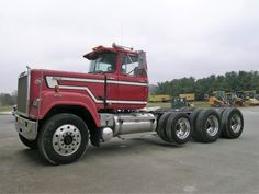 Mack Superliner heavy haul Old Mack Trucks, Big Rig Trucks, Dump Trucks, Mack Attack, Dump Trailers, Trucks And Girls, Classic Trucks, Tractors, Vehicles