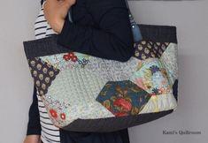여름가방 장만했어요.. : 네이버 블로그 Japanese Bag, Quilted Bag, Gym Bag, Lunch Box, Quilts, Bags, Fashion, Quilt Bag, Handbags