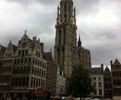 Foto gemaakt door: Julia Nobel, Antwerpen juli 2015. Onze-Lieve-Vrouwekathedraal in Antwerpen, Grote Markt.