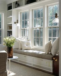 window seat // reading nook