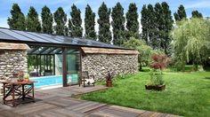 Avant apres piscine couverte veranda jardin ferme
