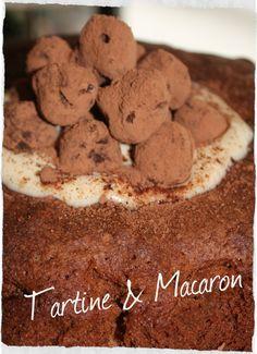 @GialloBlogs #foodporn un favoloso #dessert #Sambuca e #cacao su Tartine & Macaron. Di che fare un goloso strappo alla dieta vero? La ricetta al link http://blog.giallozafferano.it/tartineetmacaron/dessert-sambuca-e-cacao/ TartinetMacaron_Dessert-sambuca-e-cacao©SaraRania