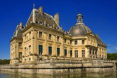Vaux-le-Vicomte Castle, Île-de-France (© JONATHAN - Fotolia.com)