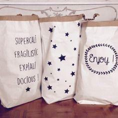 Paperbag xxl aux motifs étoiles, coeurs, triangles, enjoy, supercalifragilisticexpialidocious