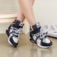 Encontrar Más Moda Mujer Sneakers Información acerca de High top ocultos cuña altos talones forman a mujeres de botines ascensor zapatillas de deporte causales calzado deportivo plataforma zapatos de Velcro DFAF10, alta calidad Moda Mujer Sneakers de william's shop 1987 en Aliexpress.com