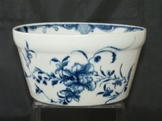"Worcester fine potting pot, ""Mansfield"" pattern, (England c. 1759). Jupiter Antiques at www.edenbridgegalleries.com."