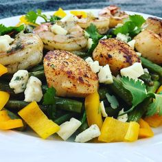 @pappysbbq knows how to tease our taste buds with this tantalizing #tbt!! . Scallops and Shrimp both kissed with our Code 3 Spices Cajun Seadog Rub Butter and some Chimcurri served over a bed of Fresh Green Salad!! . . . . . #CODE3NATION #salad #lunch #salads #seafoodsalad #lunchtime #fresh #healthy #seafoodlover #eeeeeats #grill #grillin #kamado #seafood #shrimp #scallops #food #foodie #foodpics #foodstagram #throwbackthursday #yumm #tasty # #instafoodapp #ootd #eatlikeyougiveafuck…