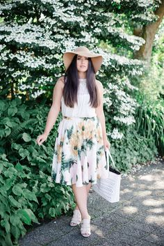 floral skirt, big floppy hat