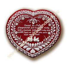Mézeskalács ajándék minden alkalomra - Köszönetajándék - Reklámajándék - Wedding gifts - Wedding favors - Royal icing -   www.mezeskalacsajandekok.hu  www.mezeskalacsajandekok.blogspot.hu/ Heart Cookies, Iced Cookies, Wedding Favors, Wedding Gifts, Big Party, Royal Icing, Pretty Little, Cookie Decorating, Gingerbread