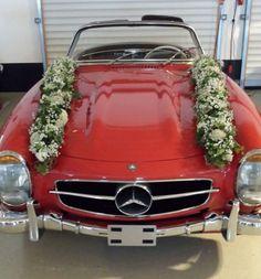 Gesteck Mercedes SL Hochzeit