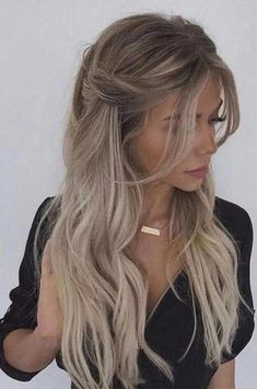 43 Gorgeous Half Up Half Down Hairstyles , partial updo hairstyle , braid half up half down hairstyles , bridal hair ,boho hairstyle hair styles 43 Gorgeous Half Up Half Down Hairstyles That Perfect For A Rustic Wedding Fast Hairstyles, Box Braids Hairstyles, Hairstyle Braid, Wedding Hairstyles, Gorgeous Hairstyles, Boho Hairstyles For Long Hair, Hairstyle Ideas, Hair Updo, Indian Hairstyles