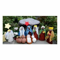 10 Best Classic Outdoor Large Nativity Sets Images
