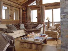 ВашДом.Донецк - Стили дизайна. Шале Шале (фр. chalet), в Альпах — небольшой сельский домик в швейцарском (альпийском) стиле. Хижина в горах, коттедж. Изначально альпийское шале – это надёжное жилище, возведенное из массивного бруса, которое должно защищать от непогоды в горах. Стены из бруса (или «под брус»), старинные часы с кукушкой, торшер, буфет ручной работы, интимный свет и низкий потолок. На окнах шторы из домотканой шерсти, а на лежанках – меховые пледы. Простая, удобная мебель из…