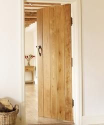 Solid Oak Ledged | Internal Hardwood Doors | Doors  Joinery | Howdens Joinery