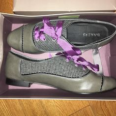 Bakers Shoes Never been worn!! I'm also offering on Mercari.. New to that. Bakers Shoes