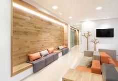 Waiting room – Tag – Delta Light - home/decor Medical Office Decor, Dental Office Design, Modern Office Design, Clinic Interior Design, Clinic Design, Healthcare Design, Waiting Room Design, Waiting Area, Waiting Room Furniture