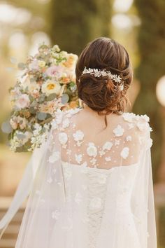 Wedding Cape with Flowers, Long Veil Cape Covered with Ivory Flowers and Pearls Cathedral Floral Veil Alternative Simple Wedding Gowns, Wedding Cape, Wedding Ideas, Flower Crown Wedding, Wedding Hair Flowers, Bridal Hair Pins, Headpiece Wedding, Wedding Dress Topper, Bridesmaid Hair Accessories