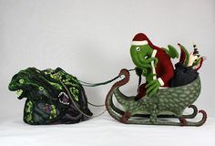 Once again, Amy Rawson's Santa Cthulhu is back this year, and if you've been bad in he may bring insanity into your mind. Santa Cthulhu sits in his Octi-Sleigh, ready to deliver h… Cthulhu, Naughty Kids, Nerd Love, Evil Spirits, Kids Christmas, Xmas, Dark Christmas, Christmas 2015, Wool Felt