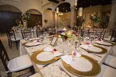 This romantic reception was filled with gorgeous golden accents and lots of color! Thanks @belltowerfilms for sharing!