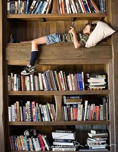 I'd love to create a reading nook for the boys!
