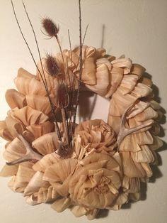 corn husk wreath with deer antlers