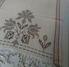 Embroidery Stitches, Hand Embroidery, Cross Stitch Borders, Weaving Patterns, Bargello, Blackwork, Pink Flowers, Hand Sewing, Diy And Crafts
