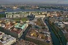 See a virtual tour of St. Petersburg, one of the main attractions in Russia.