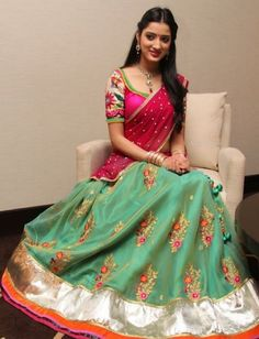Hs Half Saree Designs, Choli Designs, Blouse Designs, Lehanga Saree, Sharara, Pink Half Sarees, Chanya Choli, Ethnic Suit, Gowns Online