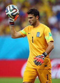 Orestis Karnezis Corfu Island, Goalkeeper, Sports, Heart Eyes, Greek, Honey, Fashion, Goaltender, Hs Sports