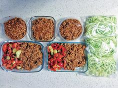 #MEALPREPMONDAY - Turkey bolognese zoodles/ capsicum and rice! I whip these bad boys up whilst I was making dinner on Saturday - so quick & easy! What did you prep for the week ahead? X by eatthisburnthat