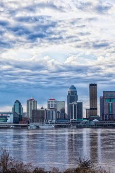 Louisville, Kentucky skyline and Ohio River Louisville Kentucky, Kentucky Derby, Louisville Skyline, Places To Travel, Places To Visit, The Neighbor, My Old Kentucky Home, Places Of Interest, Beautiful Places