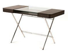 Wood writing desk with drawers and glass top | Adentro