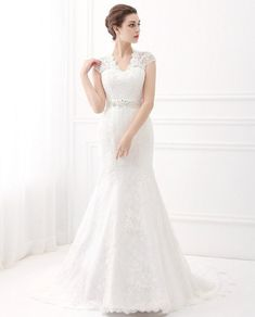 29 Of The Prettiest Wedding Dresses You ve Ever Seen fde0b493f248