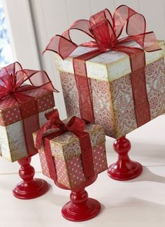 Beautiful Bridal: Christmas Gift Centerpieces