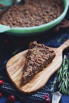 Unique Thanksgiving Recipes: Grain- & Dairy-Free Bourbon Pumpkin Crumble Pie