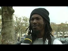 Micro-trottoir : C'est quoi être raciste ? - YouTube Ap French, French Class, French Lessons, French Songs, French Films, Afrique Francophone, Teaching French, France, Video Film