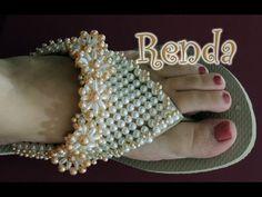 Flip Flop Art, Decorating Flip Flops, Beaded Shoes, Beaded Crafts, Bare Foot Sandals, Bead Crochet, Beading Tutorials, Sock Shoes, Anklets