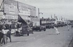 Vintage Men, Vintage Cars, Vintage Auto, Automobile, 24h Le Mans, Paris, Bugatti, Race Cars, Super Cars
