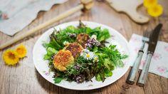 Catrin Neumayer liebt Essen, bloggt und unterhält ein Kochstudio. Österreichische Küche schmeckt nach ihrem Motto: Iss gut, lache oft, liebe viel.