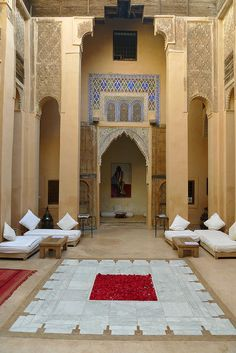 Dar Cherifa from the century is the oldest riad in the medina of Marrakech (Morocco). Morrocan Architecture, Islamic Architecture, Interior Architecture, Interior And Exterior, Interior Design, Design Marocain, Style Marocain, Moroccan Design, Moroccan Style