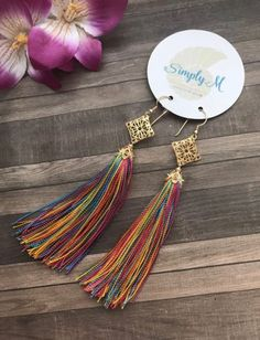 These vintage diamond earrings are simply outstanding. This gold dangle with bridal earrings each have unique setting that makes the piece unforgettable . Diy Tassel Earrings, Tassel Jewelry, Ear Jewelry, Fabric Jewelry, Leather Earrings, Bridal Earrings, Jewelry Crafts, Jewelery, Gold Earrings