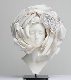 Chanel Haute Couture Headpiece by Kamo for mod's hair  Chanel, 2009